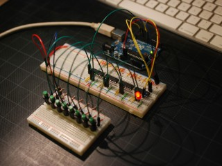 Shift resistor test – 32 switches on 4 Arduino pins